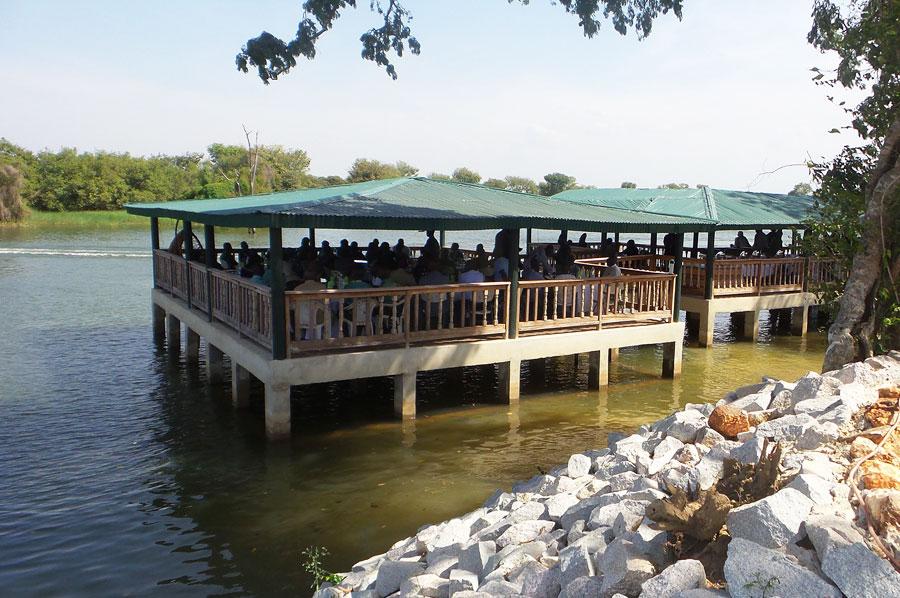 Ponton restaurant