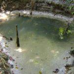 Une source d'eau potable dans le parc